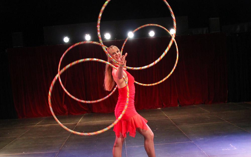Circusevents Köln Hula-Hoop Show