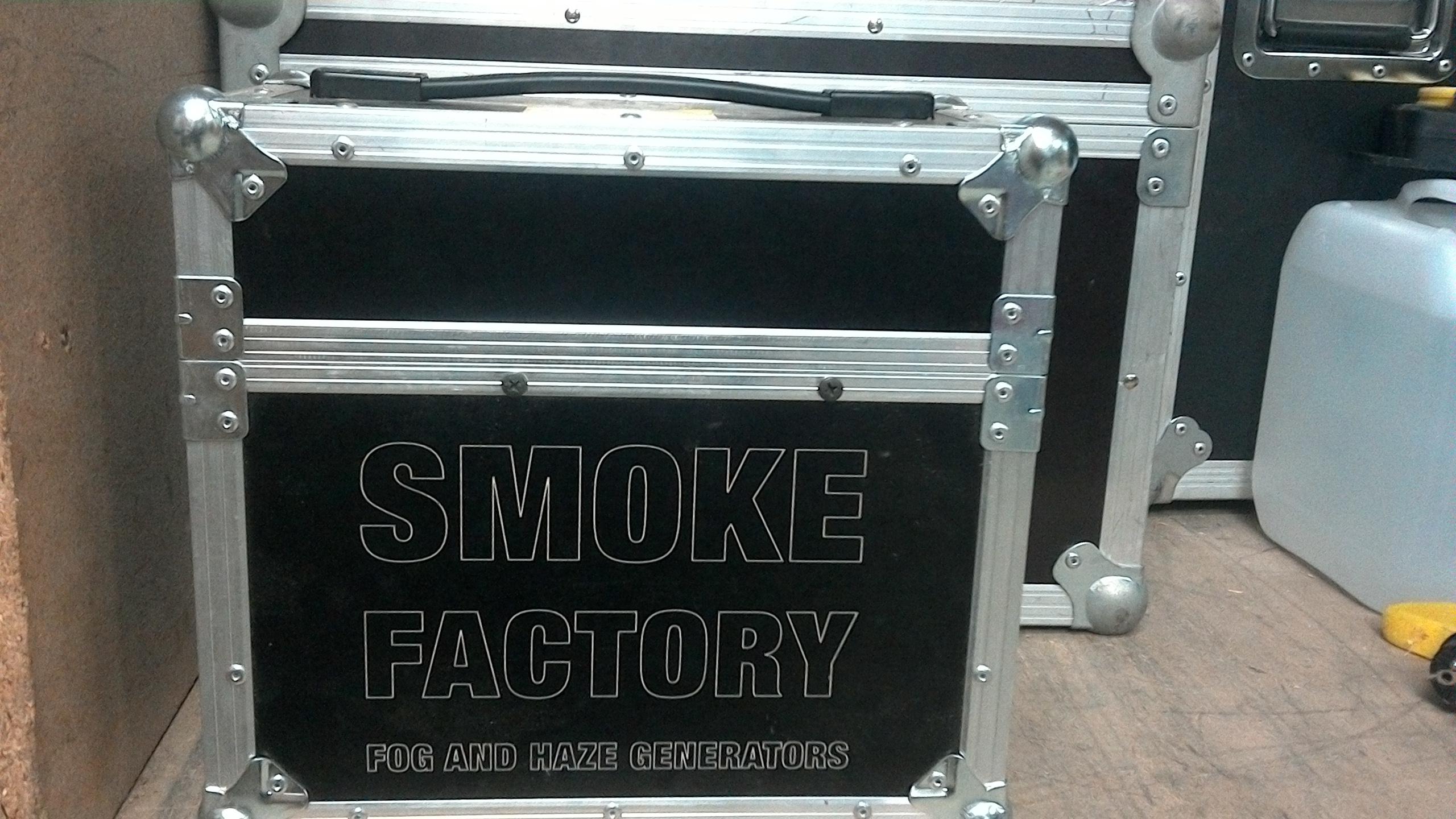 nebelmaschine_smoke_factory_Spaceball_2_circusevents_koeln_1